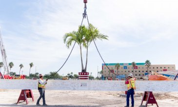 Topping off ceremony at South Texas Health System Edinburg
